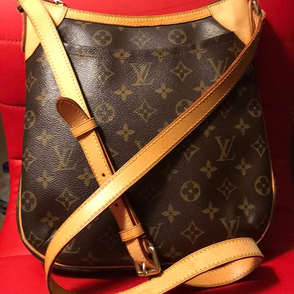 Louis Vuitton Handbags - 💖 Authentic LV ODEON - GreatSling w  LVCardholder 87386811f9806